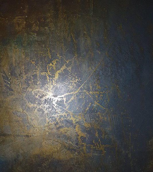 zoom in dekorsparkel smaragd-gull på antrasitt